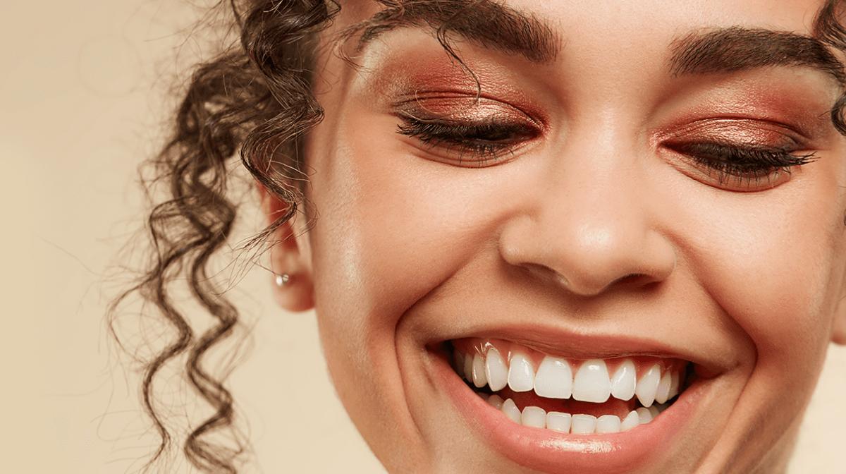 Model with bronzed eyeshadow