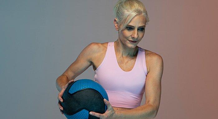 naomi playing basketball