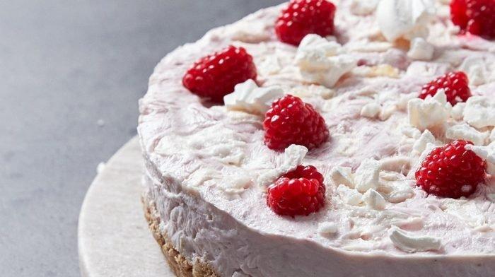 英國草莓蛋白霜起司蛋糕 | 食譜 | 喝乳清環遊世界