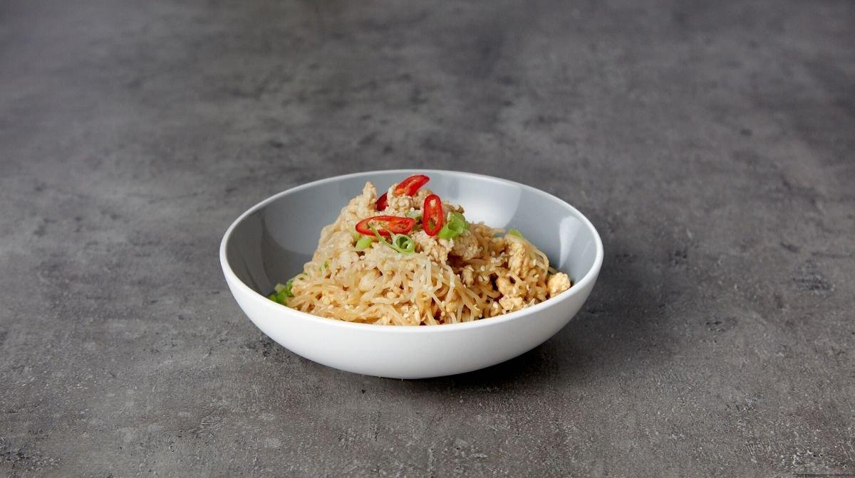 Low-Carb Bang Bang Turkey Noodles | Festive Meal Prep