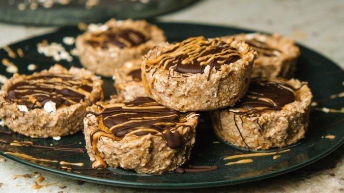 5-Ingredient Peanut Butter Oat Cups