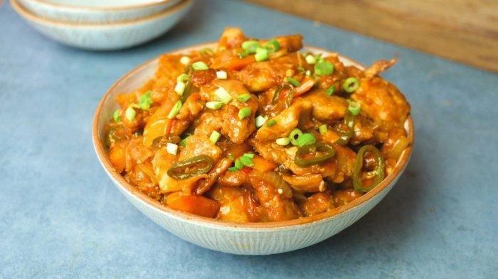 Garlic Chilli Chicken | Easy Fakeaway Recipe