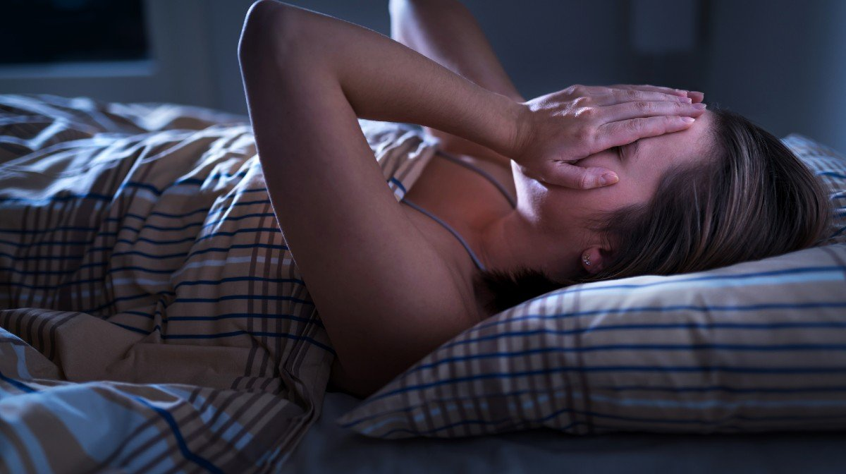 Fall Asleep Faster In Hot Weather With These 10 Tips