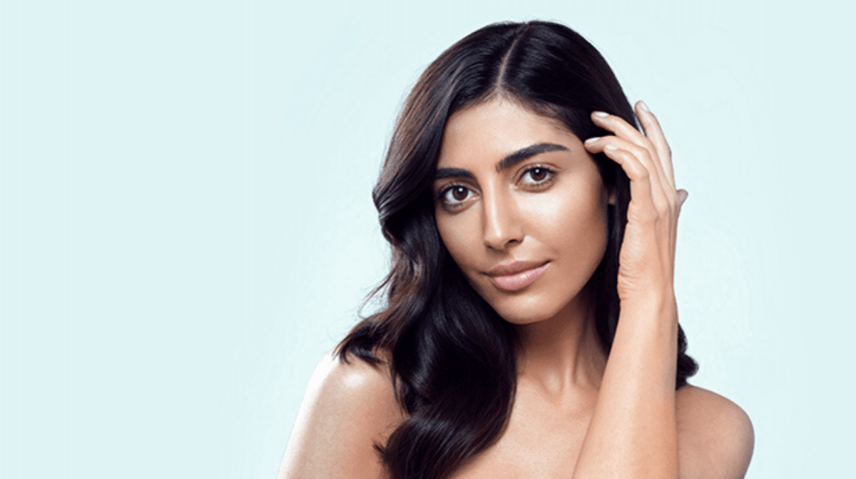 How to treat a dry, flaky scalp: causes and prevention tips