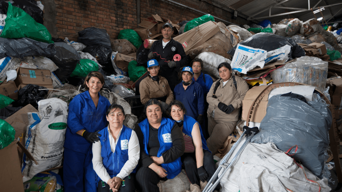 An image of waste workers collecting waste in Bogota, Columbia