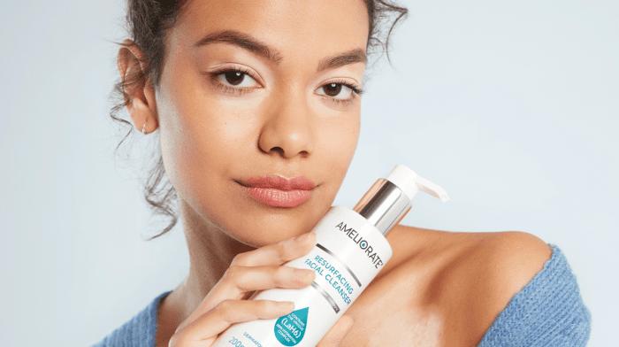 Ingredients Lab: Polyhydroxy Acids For Sensitive Skin