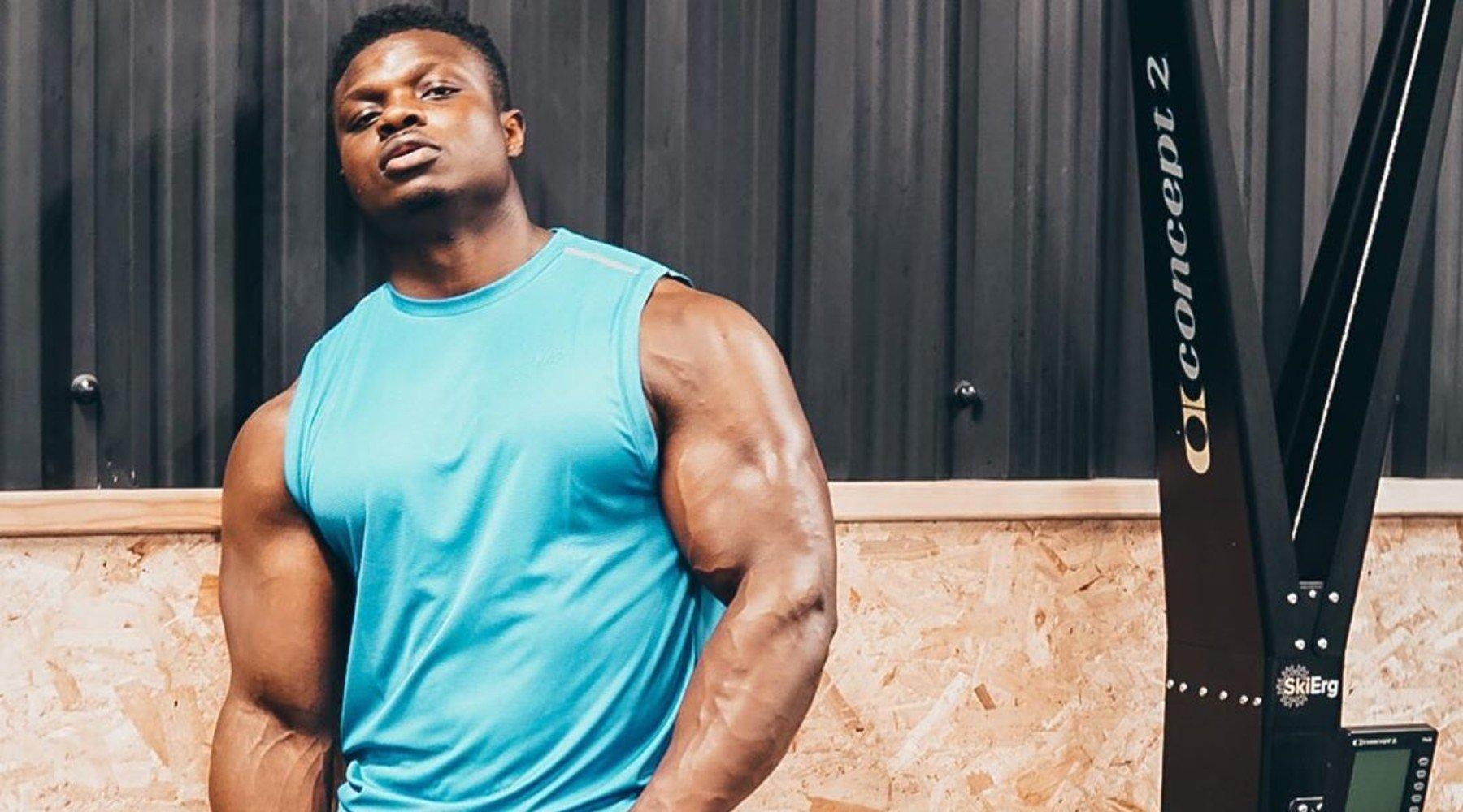 Tréning rúk s physique atlétom Abou Konate | Efektívne cviky na veľké ruky
