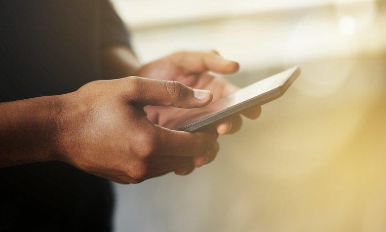 používanie telefónu a stres