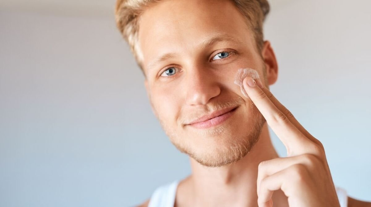 Why Exfoliating is Essential for a Smooth Shave