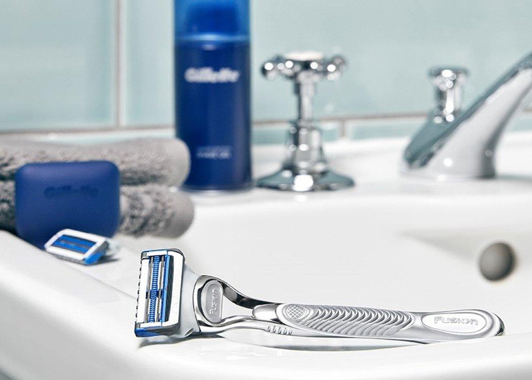 The Gillette SkinGuard Sensitive Razor for sensitive skin