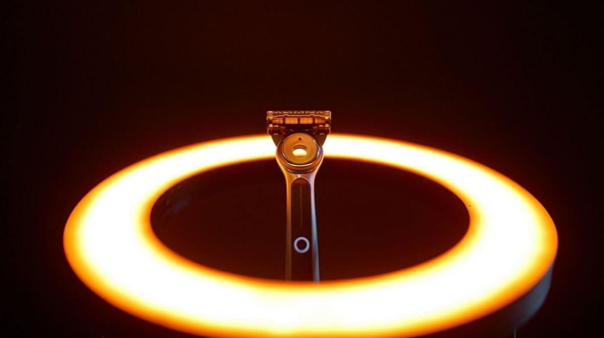 The GilletteLabs Heated Razor in the spotlight.