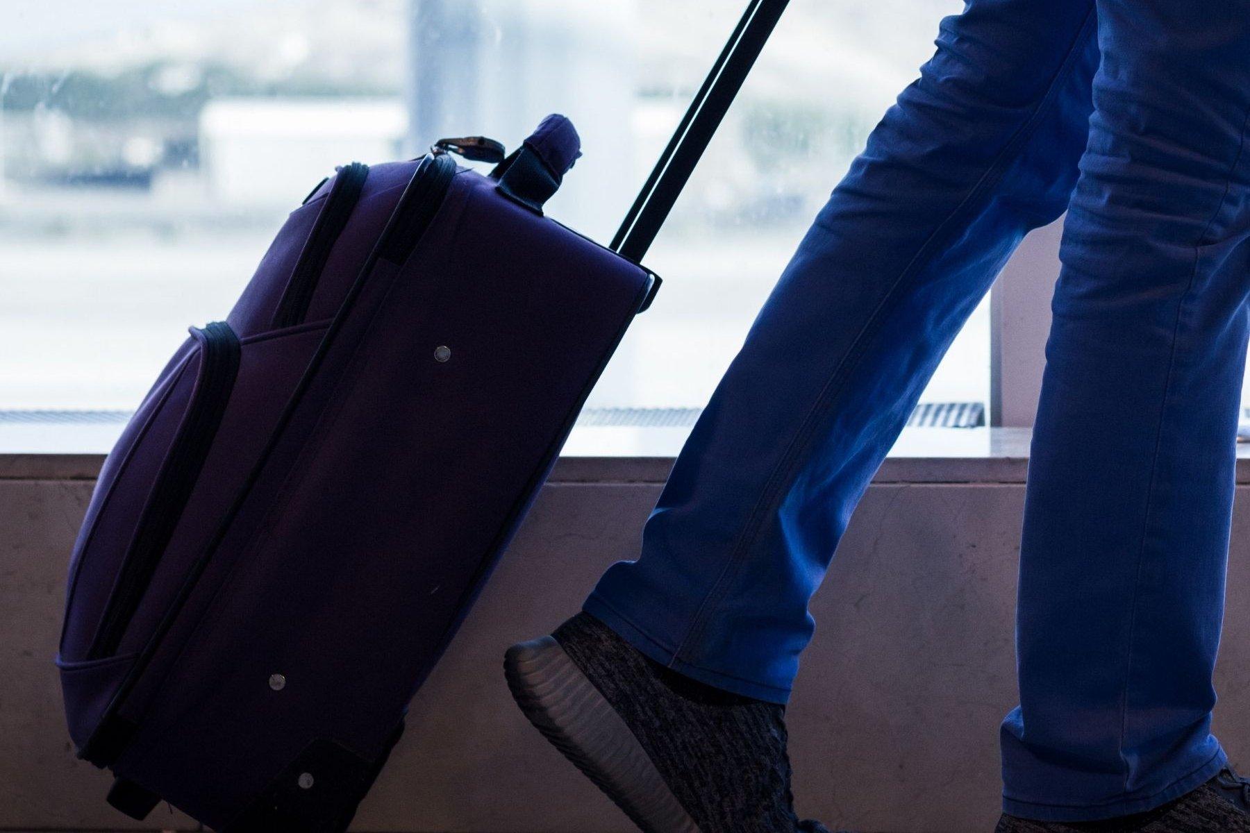 Can You Take Razors In Hand Luggage?