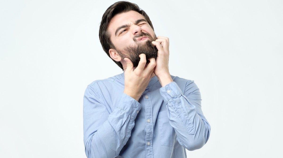 Benefits of jojoba oil for your skin and beard health | Gillette UK