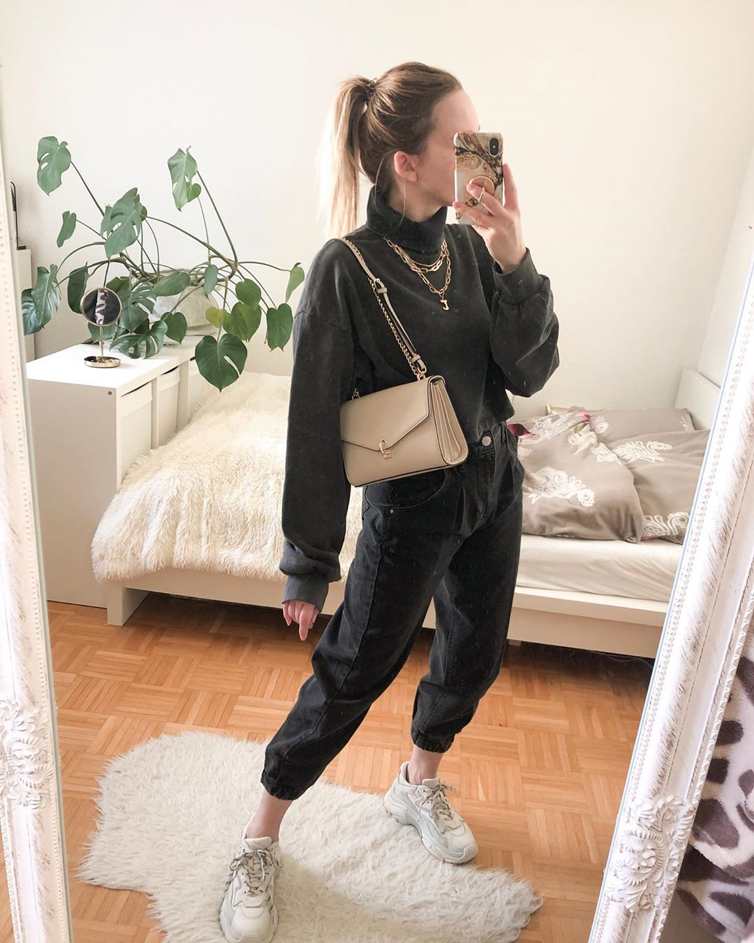 Chunky Sneakers styling