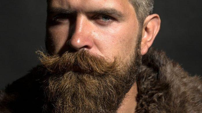 Bartpflege: Walrossbart-Schnurrbart