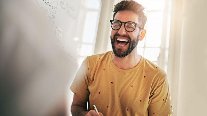 Von der Rasur bis hin zur Selbstpflege: Wie Männer besser auf sich achten können