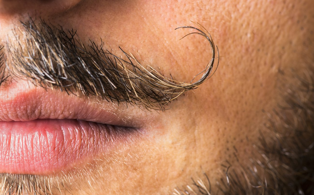 Karneval 2020: Benutze Deinen Bart als Antenne, so wie Salvador Dalí