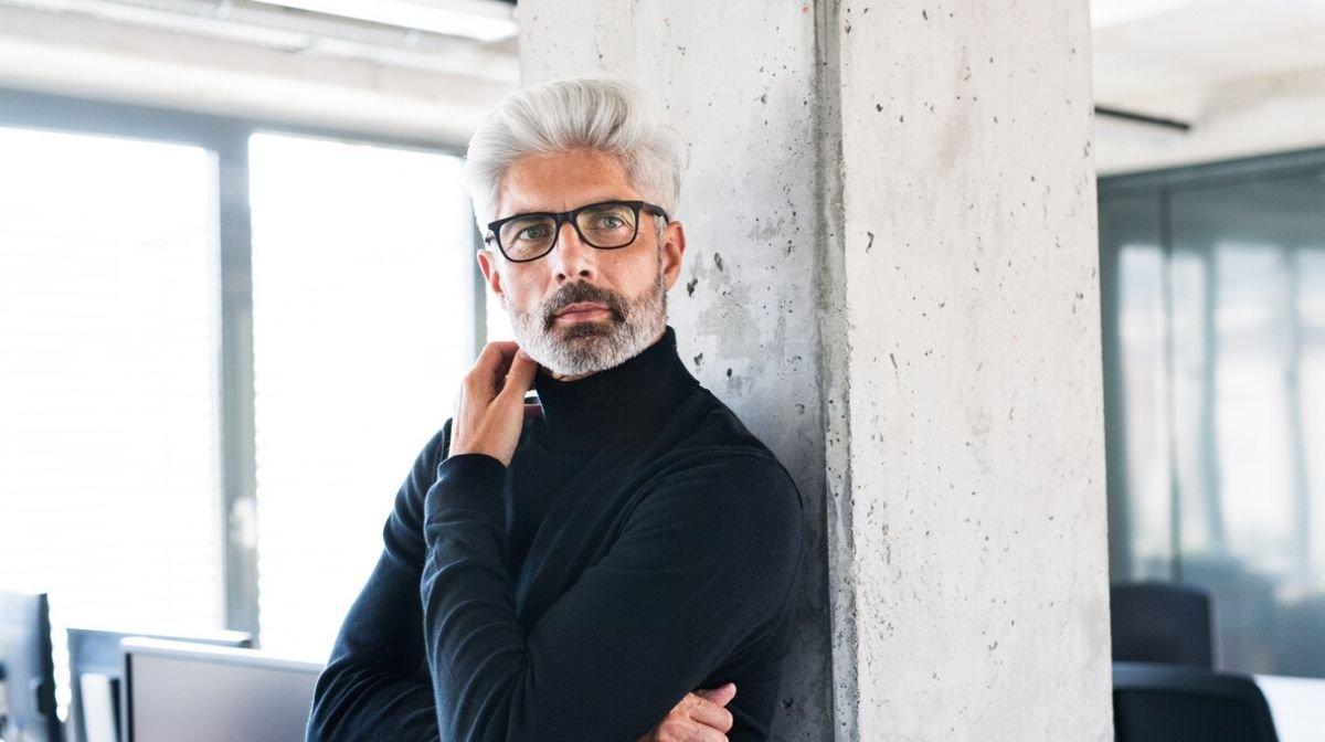 Graue Haare bei Männern: Was tun gegen graue Haare?