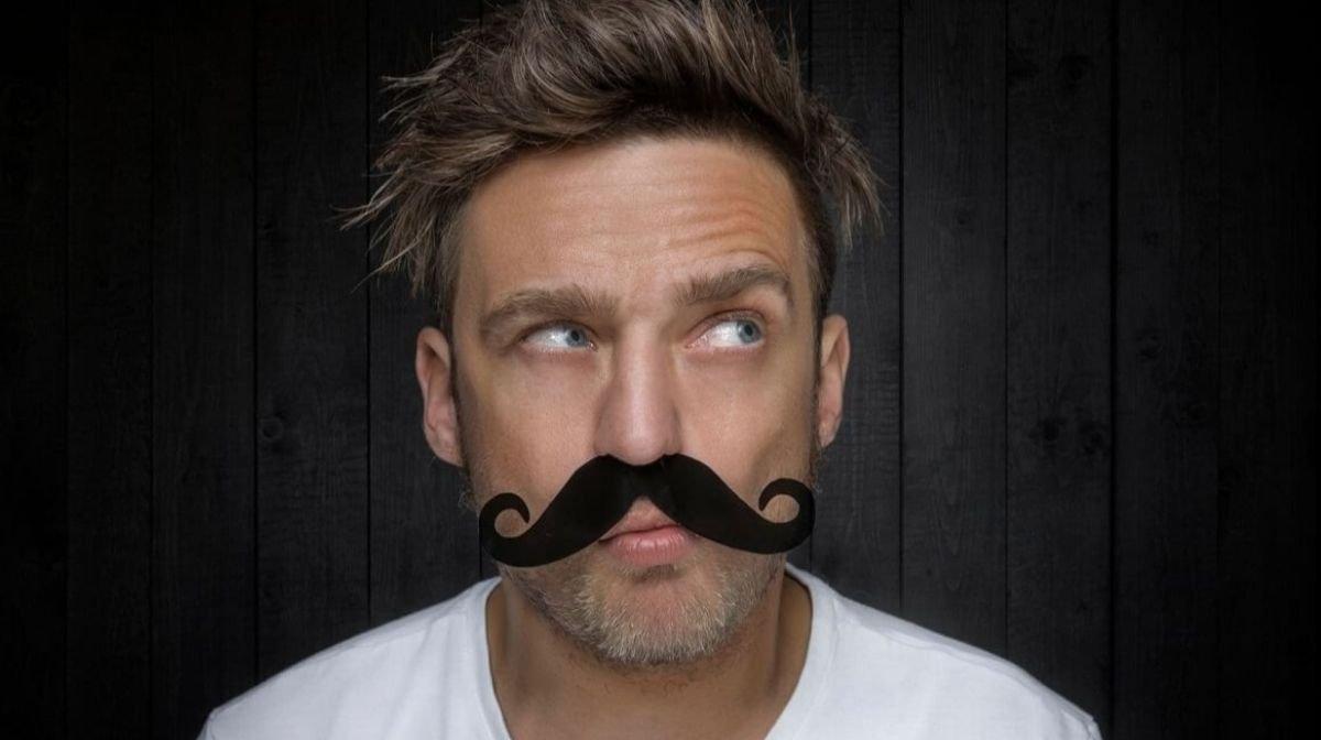 Stylen und Trimmen ist erlaubt. Dranbleiben muss der Schnurrbart aber für die Dauer der Movember‐Kampagne