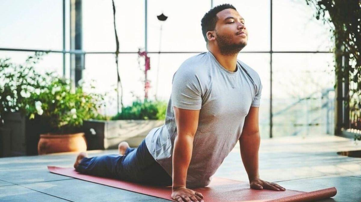 Yoga für Männer: Yogaübungen & Vorteile für den Körper