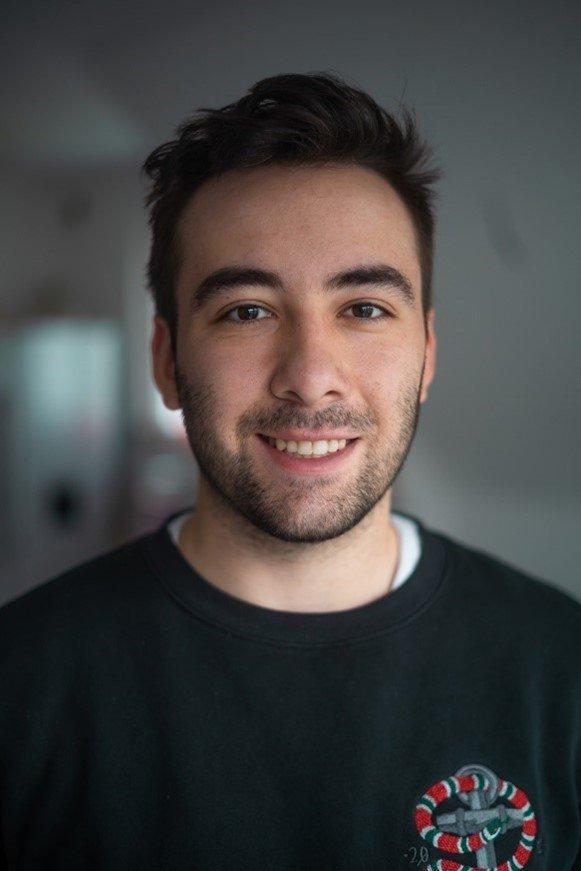 Dustin mit Bart : Er hat den perfekten Gillette Rasierer gefunden | Gillette DE