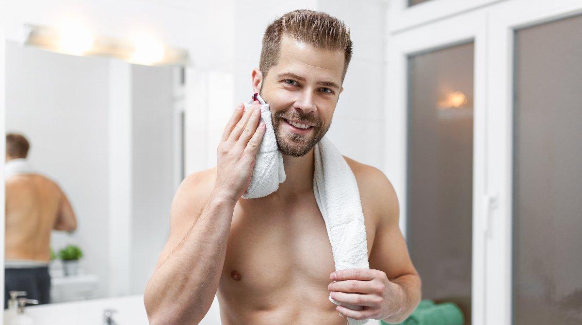 Bart Trimmen oder Rasieren   Gillette DE