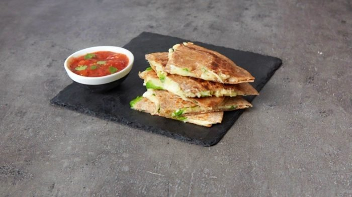 Turkey & Avocado Quesadillas | Left-over Kalkoen
