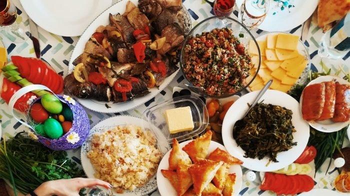 5 manieren om op schema te blijven met je dieet terwijl je thuis werkt
