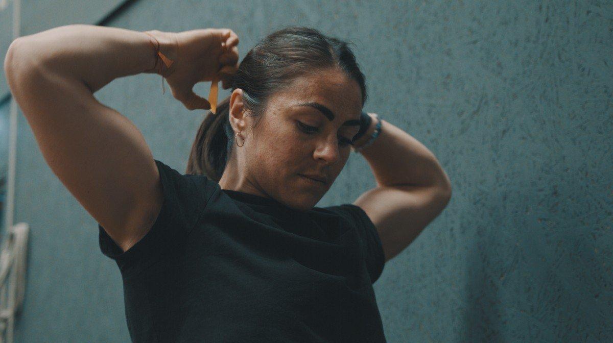 Vechten tegen een eetstoornis en leven met PTSS| Emelye Dwyer: The Locker Room – Episode 1