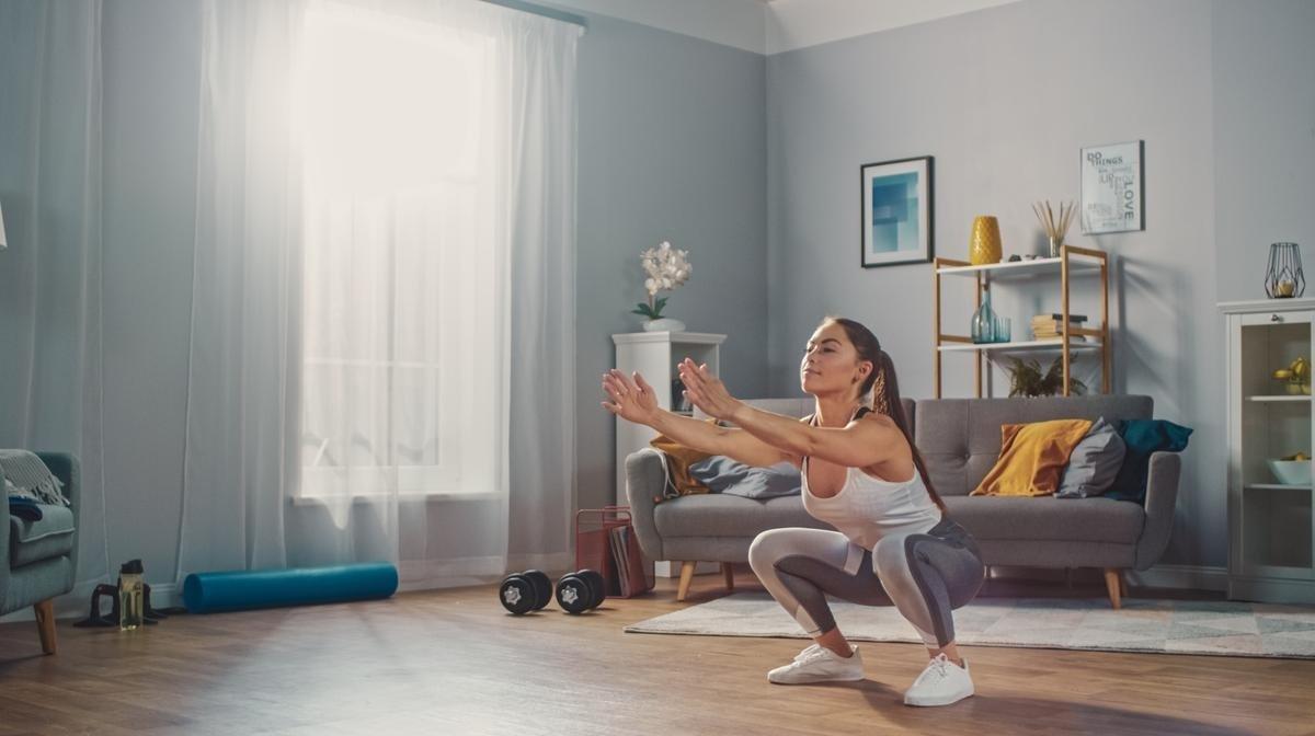 De 10 beste oefeningen om thuis te doen voor vrouwen