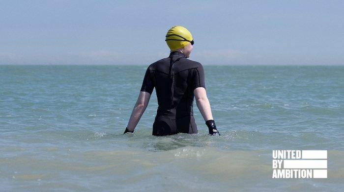 Maak kennis met Hannah: kunstenaar & avonturier met een passie voor zwemmen in open water