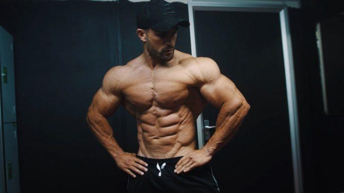 Bodybuilder Ryan Terry onthult wat er nodig is om mee te doen aan de Arnold Classic | On The Wall