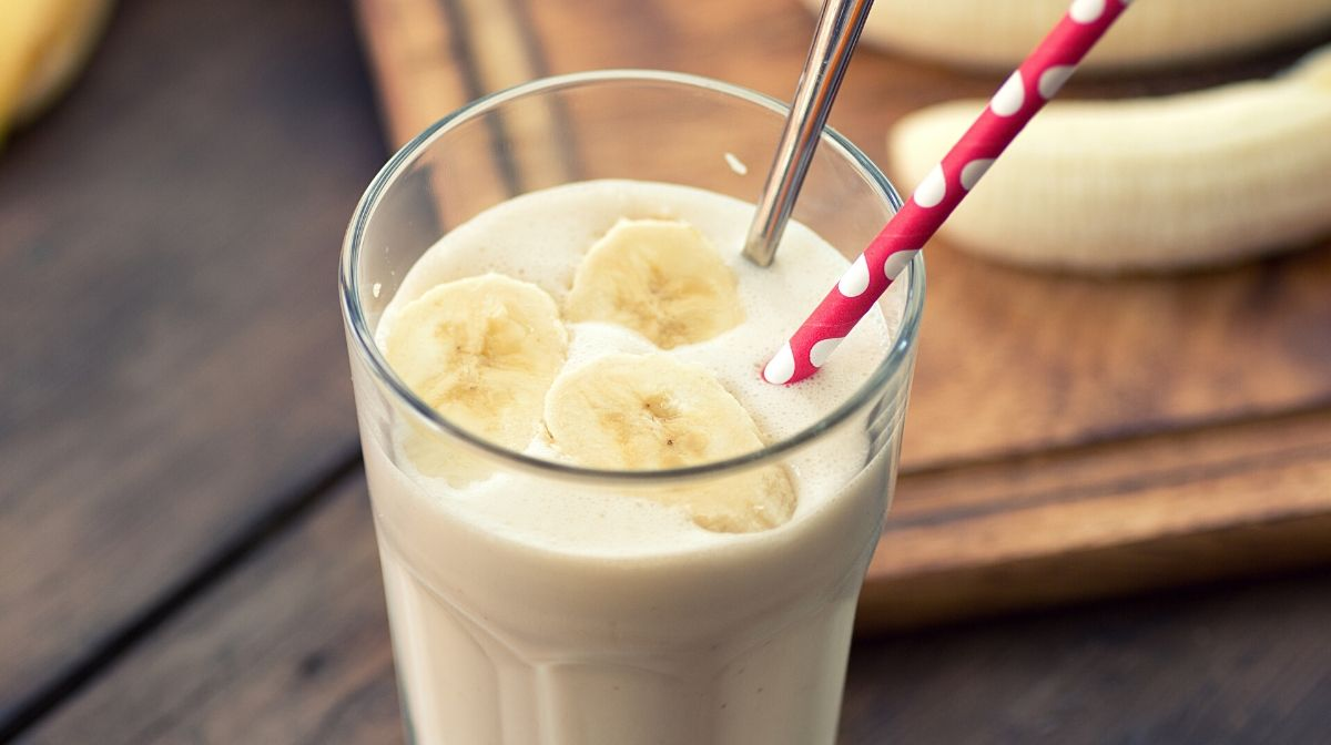 Our best tropical protein fruit smoothie