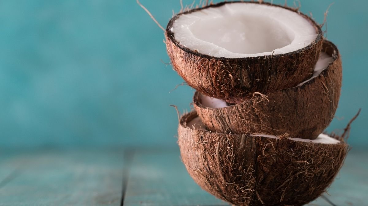 5 Reasons to Switch to Coconut Oil