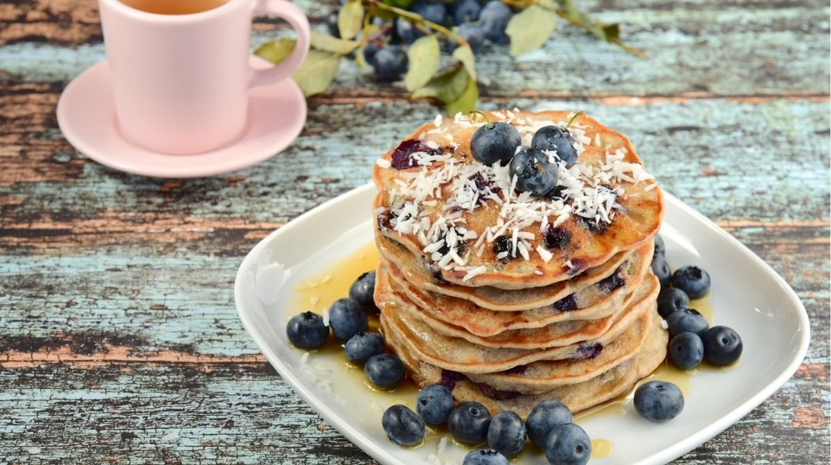 vegan pancakes with blueberries and coconut