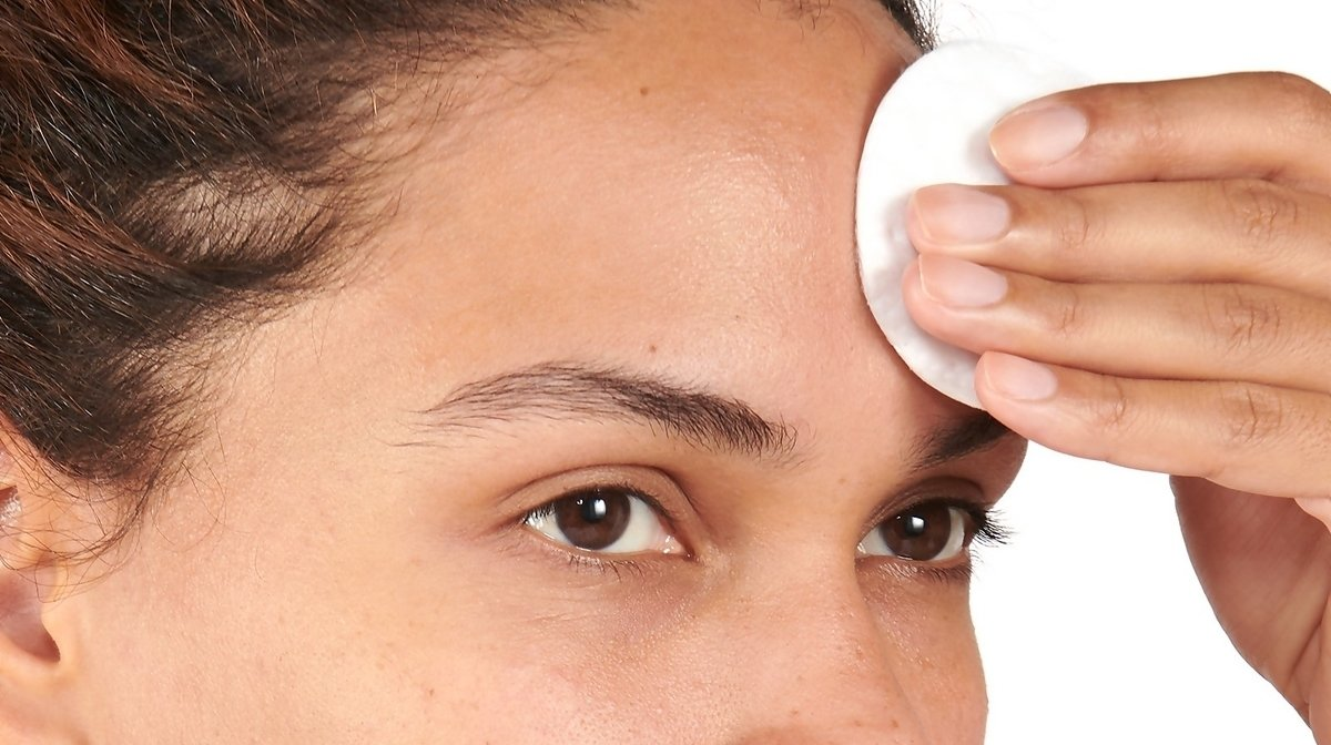 Why You Should Add Toner To Your Skincare Routine