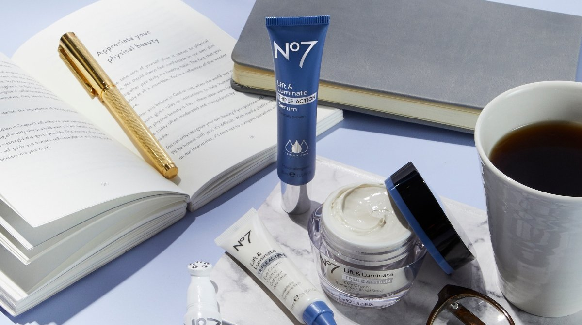 Serum vs Moisturizer: What's The Difference? | No7 Beauty