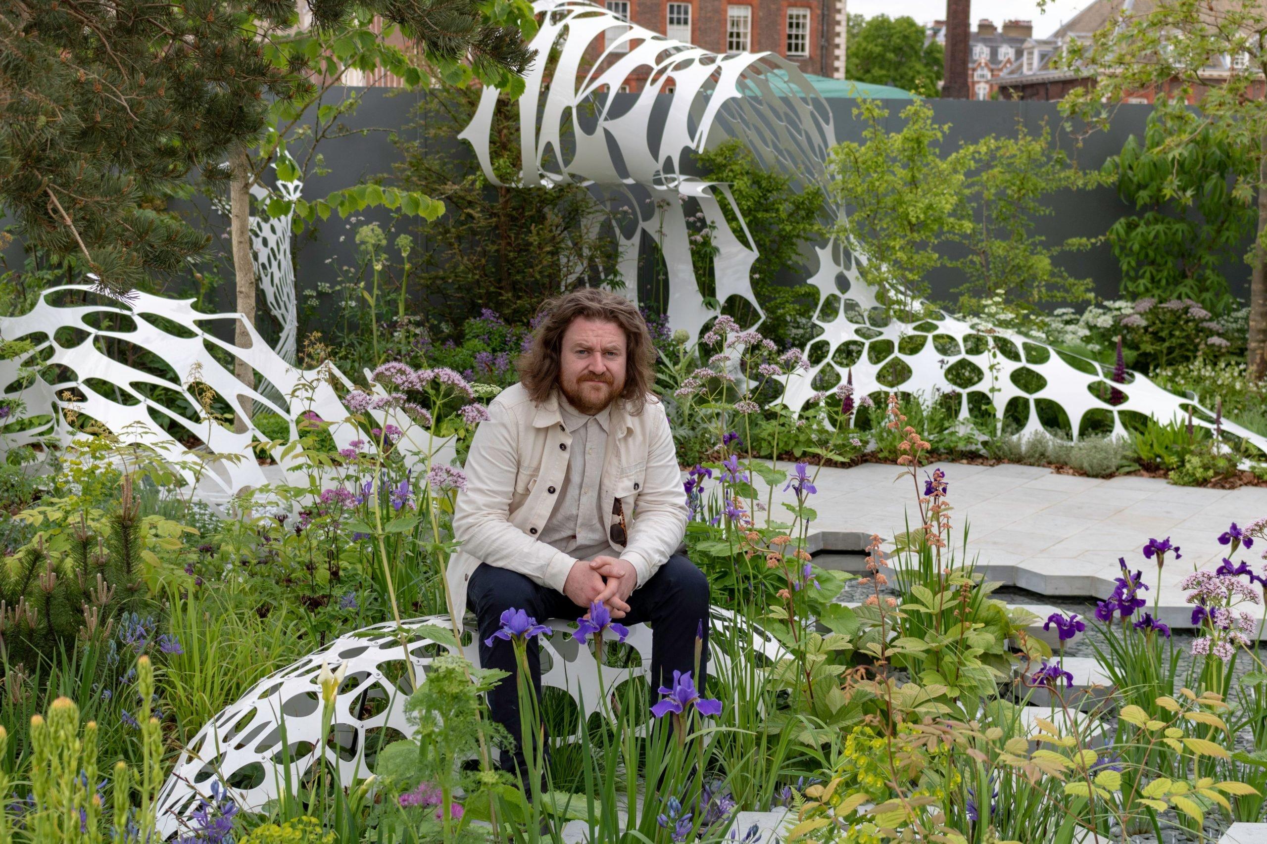 artist lazerian mcr garden