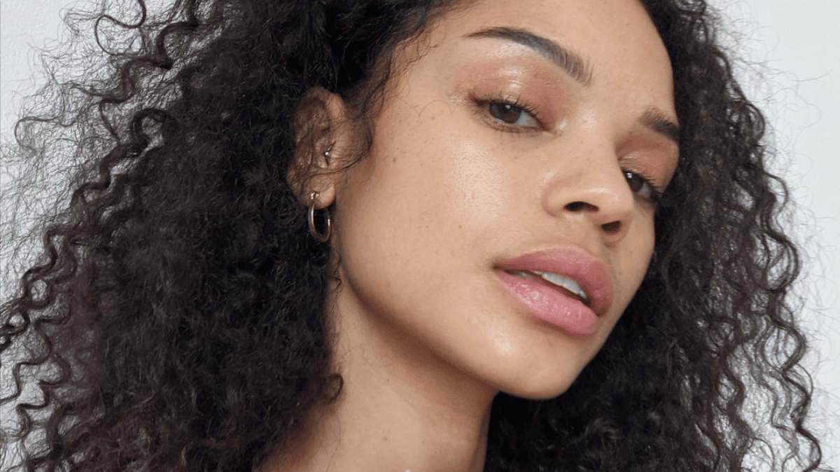Which Skincare Products Should I Use In My 20's?