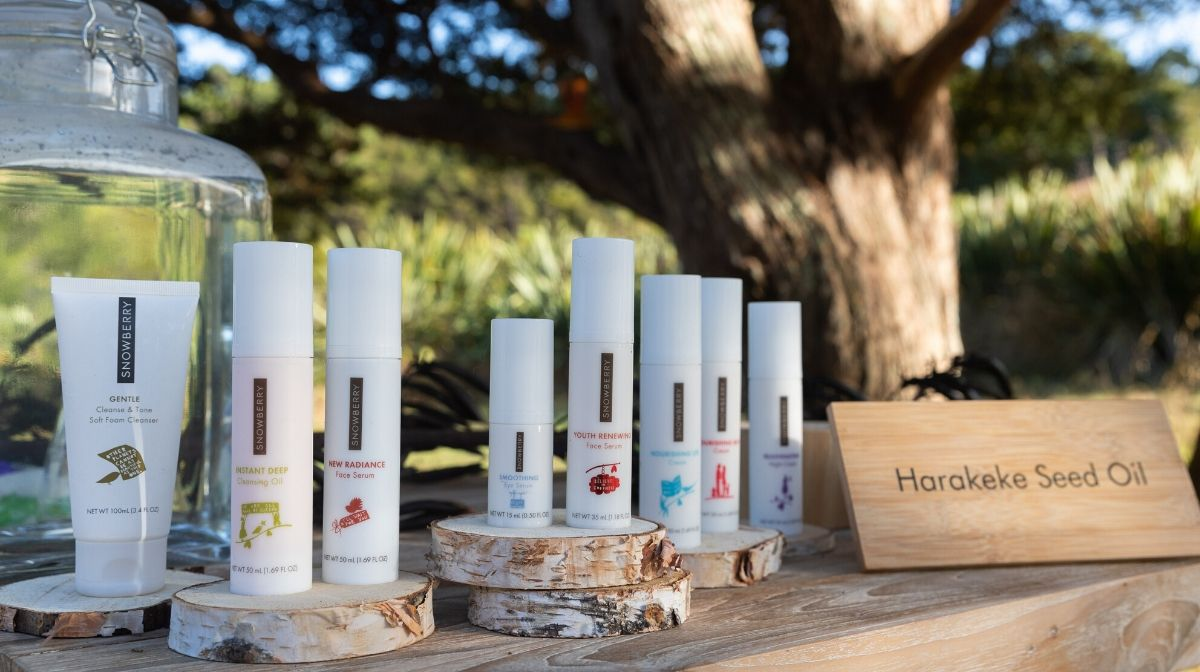 New Zealand flax-based skin care products by Snowberry