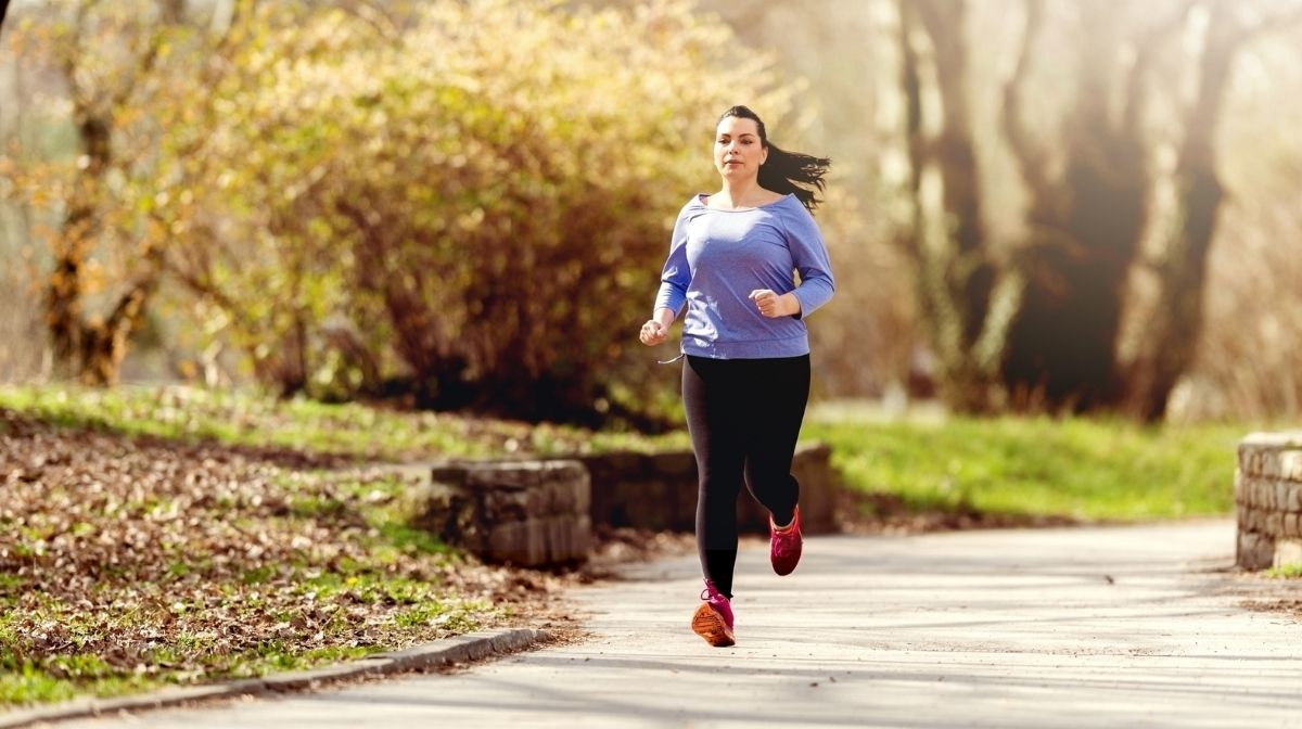 woman jogging to improve fitness levels