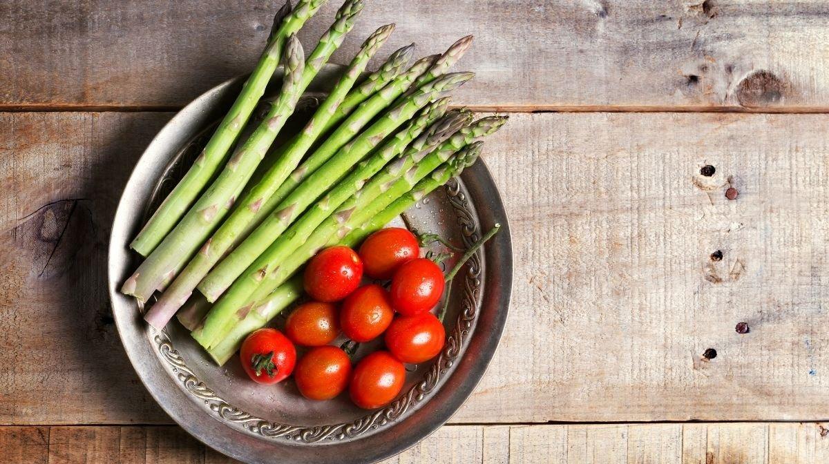 Recipe: Asparagus & Tomato Stir Fry