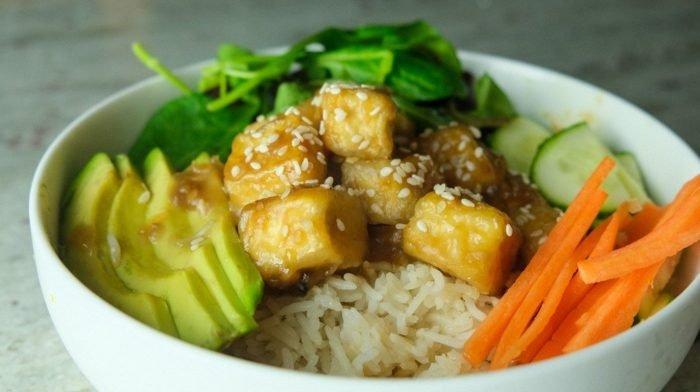 Křupavé Teriyaki tofu srýží | Vegan meal prep