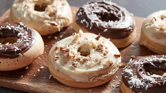 Zdravé pečené donuty sproteinovou pomazánkou