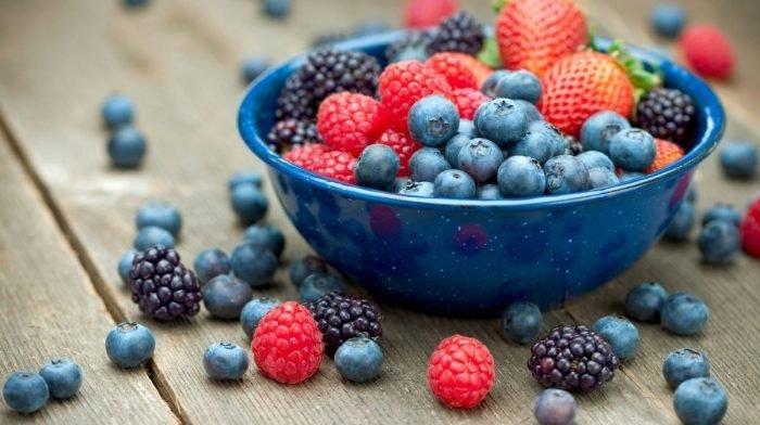 Vegan Pie Recipe: Mini Berry Tarts