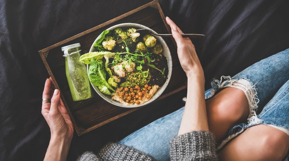 Spring Clean Your Diet: An Introduction to Eating Clean