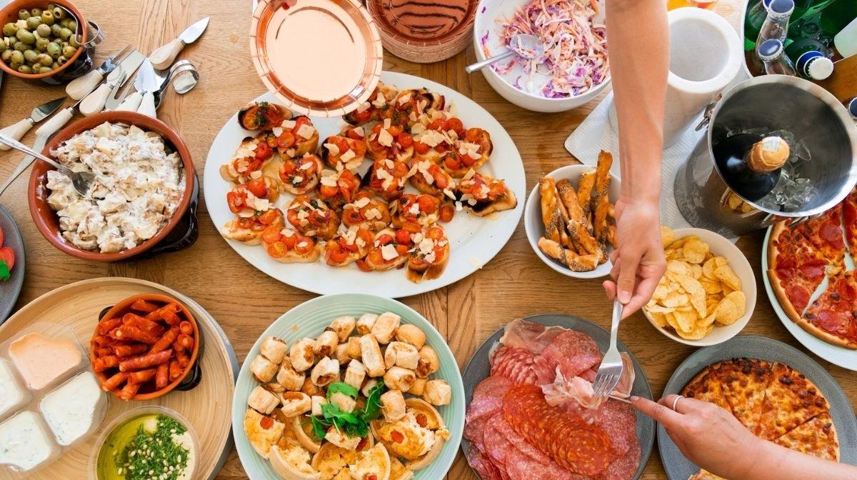 Ohne Reue feiern und essen gehen