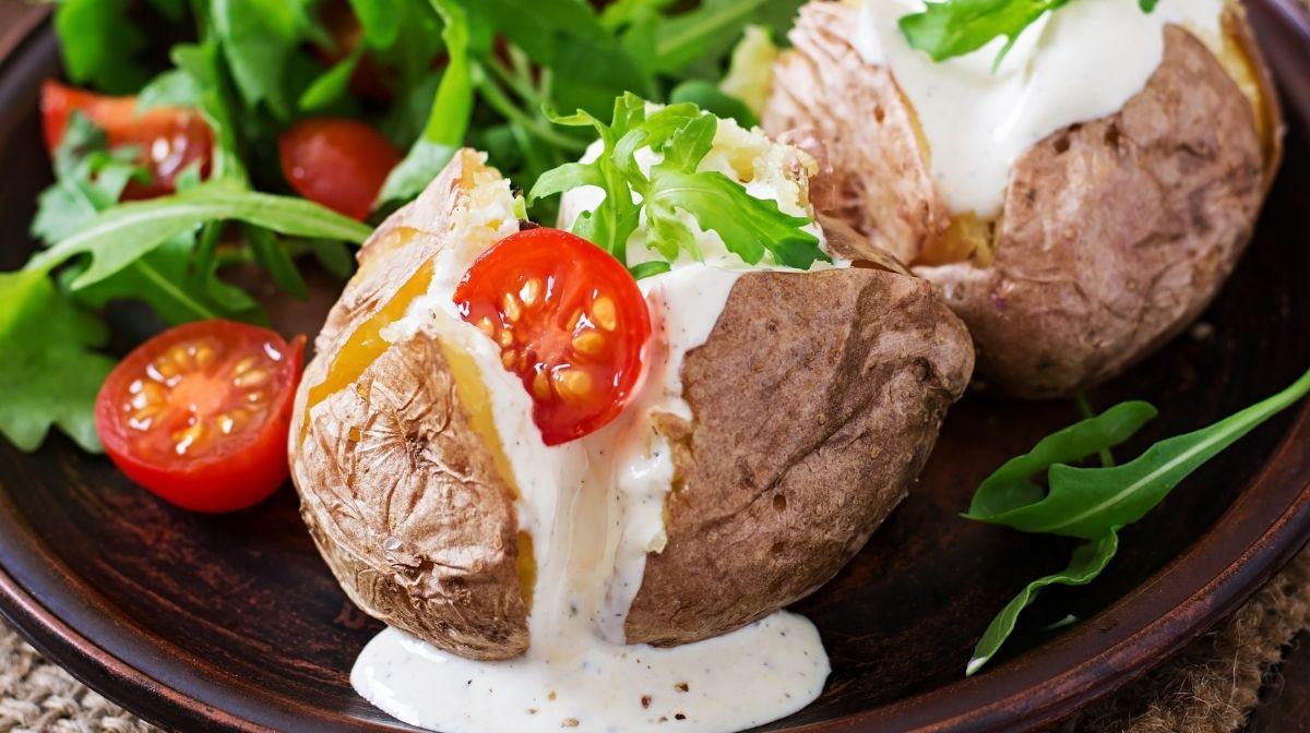 Pellkartoffeln mit Tomatenquark