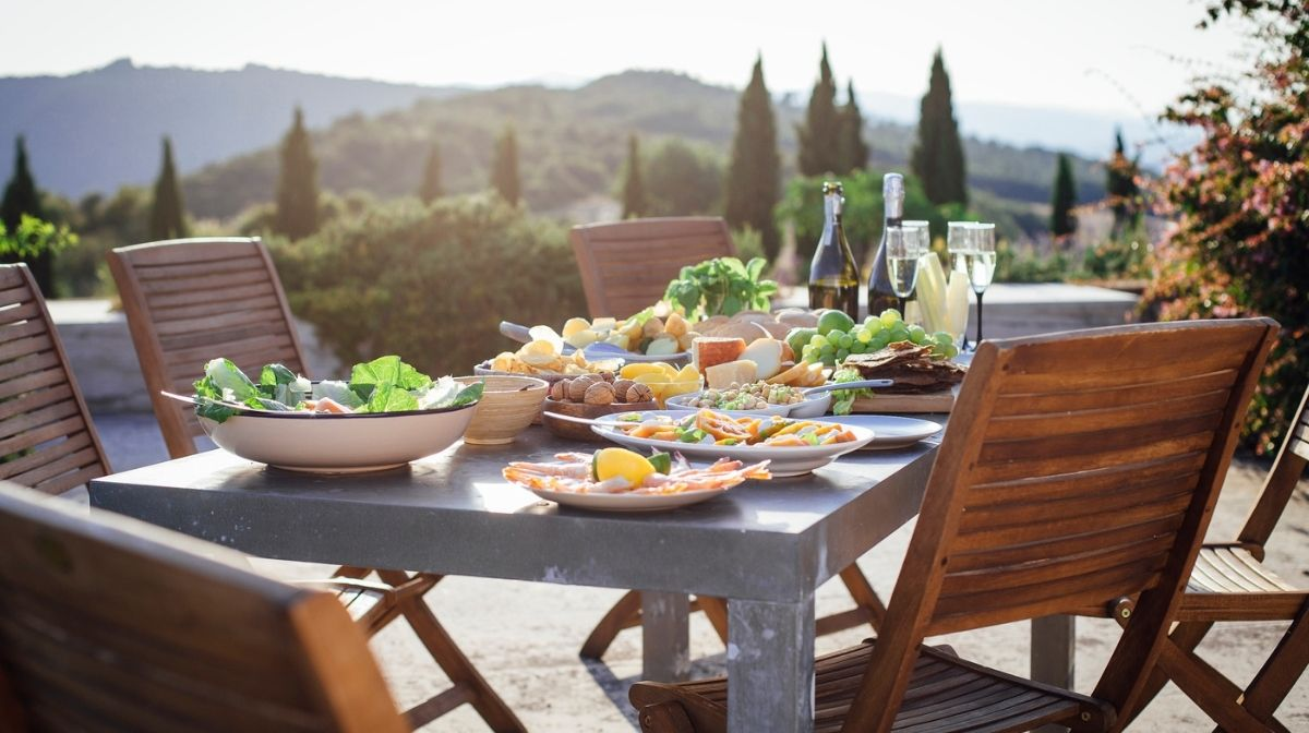 What are the Health Benefits of a Mediterranean Diet?