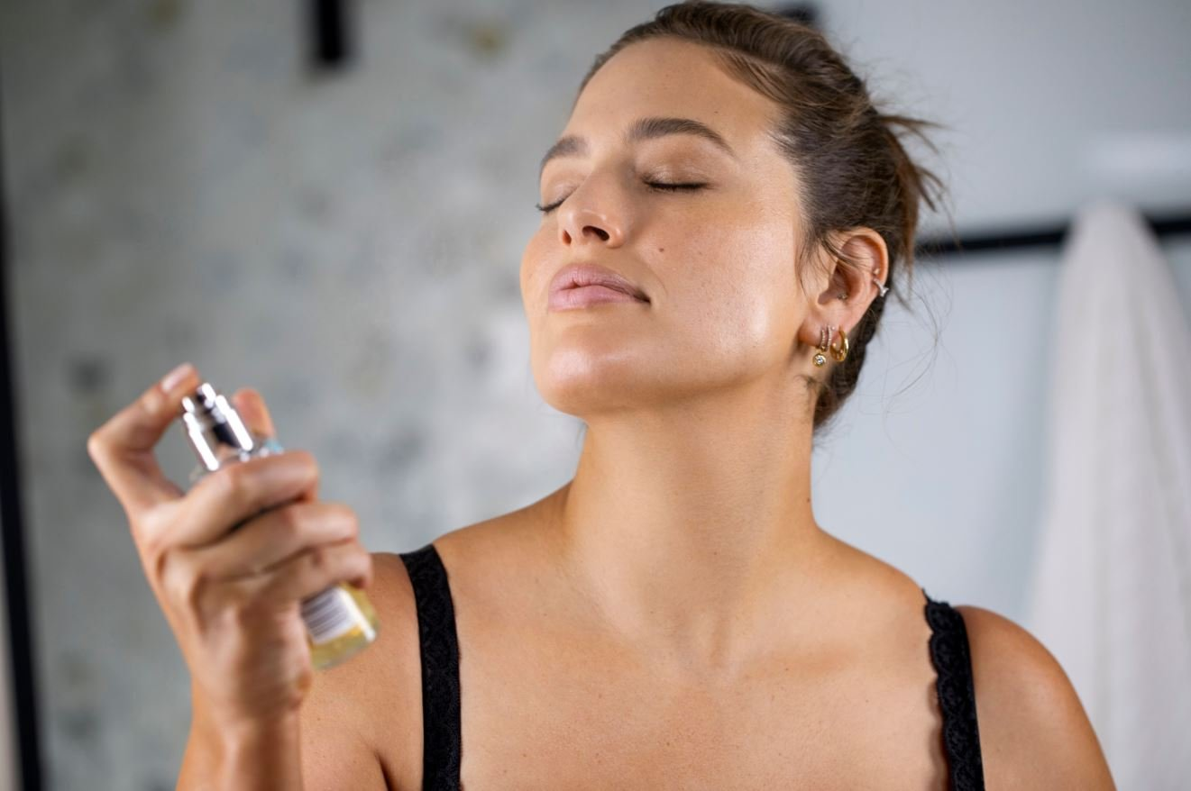 how to use st tropez face mist